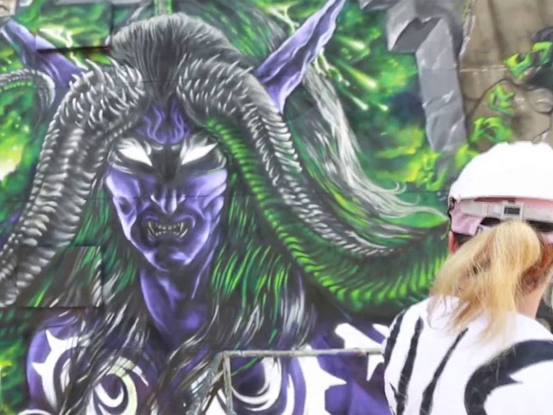 Check out this timelapse of an Illidan mural