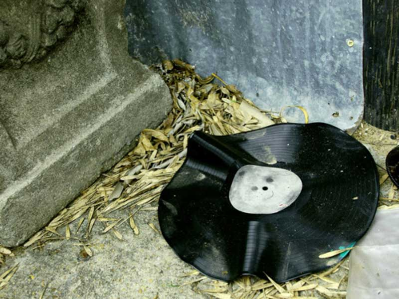 Vinyl Fail