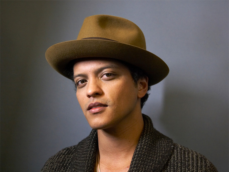 Review: Bruno Mars, '24K Magic'