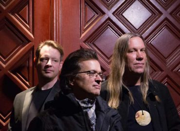 Big March tour for Violent Femmes