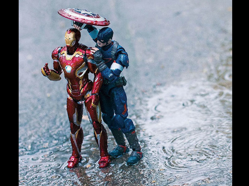 Bringing action figures to life with photography