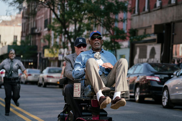 Michael-Caine-and-Morgan-Freeman-running-from-cops-in-Going-in-Style