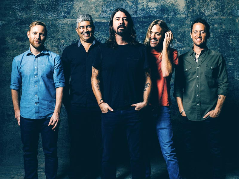 Watch Foo Fighters' plug pulled!