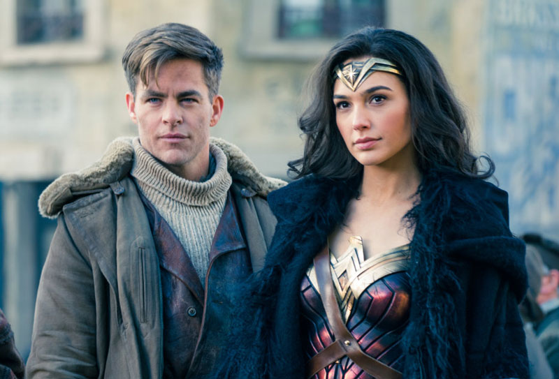 Gal_Gadot_and_Chris_Pine