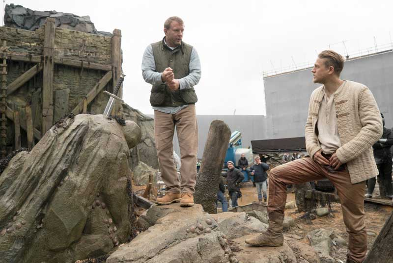 Guy_Ritchie_and_Charlie_Hunnam