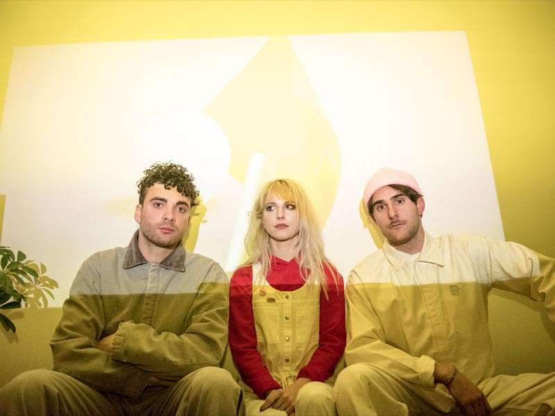 Paramore get into Drake's 'Passionfruit'