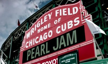Let's Play Two – Pearl Jam tease live flick