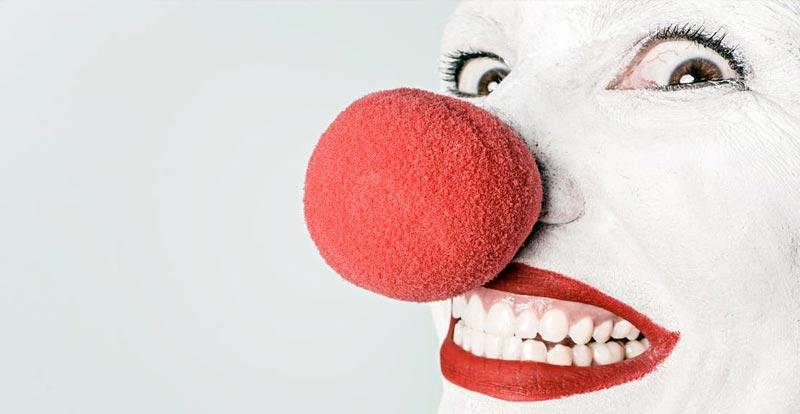 It gets creepier in cinema full of clowns – ARGHH!