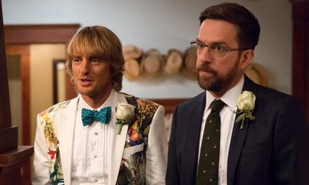 Owen Wilson and Ed Helms hunt dad in Father Figures
