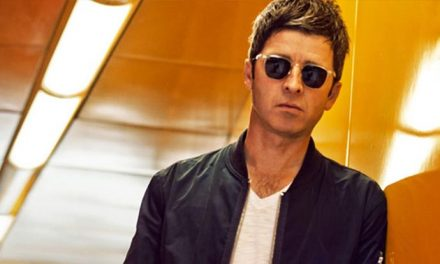 Noel Gallagher is flogging some gear