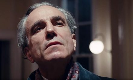 Daniel Day-Lewis sews the Phantom Thread