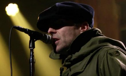 Liam Gallagher does 'Come Back to Me' on Fallon