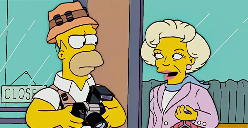 The Simpsons S18 - Betty White