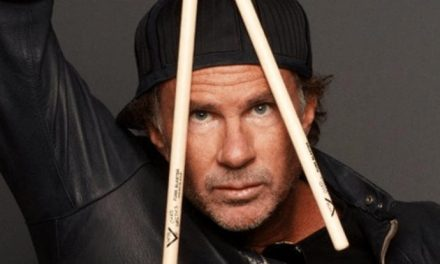 Red Hot Chili Peppers' Chad Smith eats one of his own!