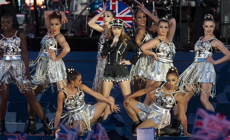 Kylie-Queens-Jubilee
