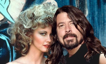 Hopelessly devoted to Foo – Travolta joins Foo Fighters!