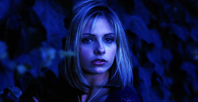Buffy the Vampire Slayer coming back in black
