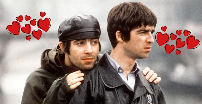 Liam Gallagher paves way for Oasis reunion!