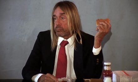 Iggy Pop eats a burger