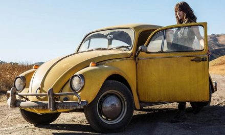 New Bumblebee trailer buzzes by