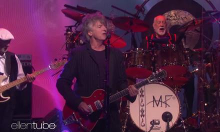 Neil Finn makes Fleetwood Mac debut on The Ellen Show