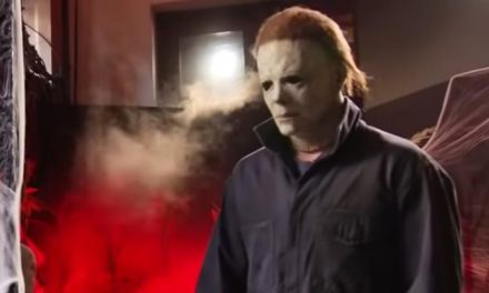 Snappy Halloween with Michael Myers!