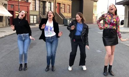 Emma Stone and Haim do the Spice Girls!