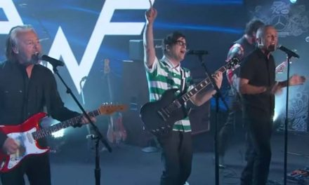 Tears for Fears join Weezer for 'Everybody Wants to Rule the World'