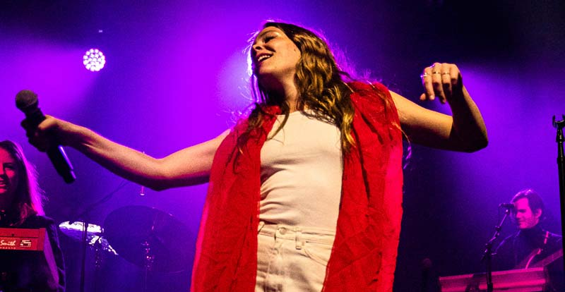 Maggie Rogers @ Festival Hall – gallery