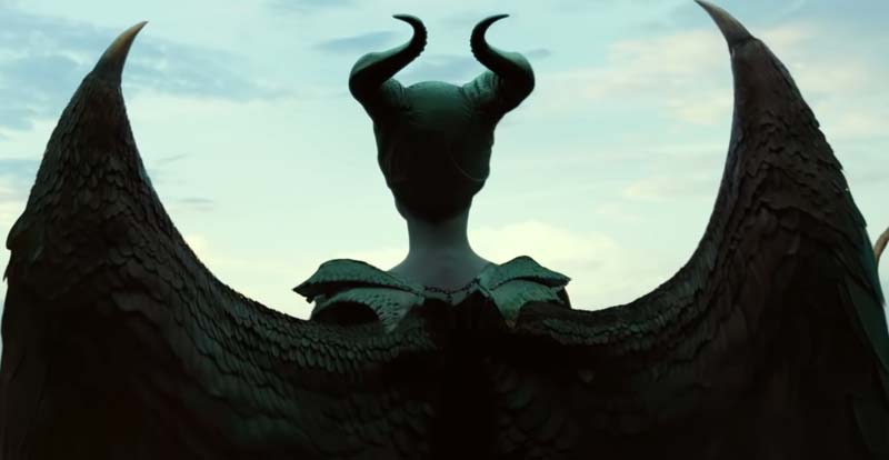 A First Look At Maleficent Mistress Of Evil Stack Jb