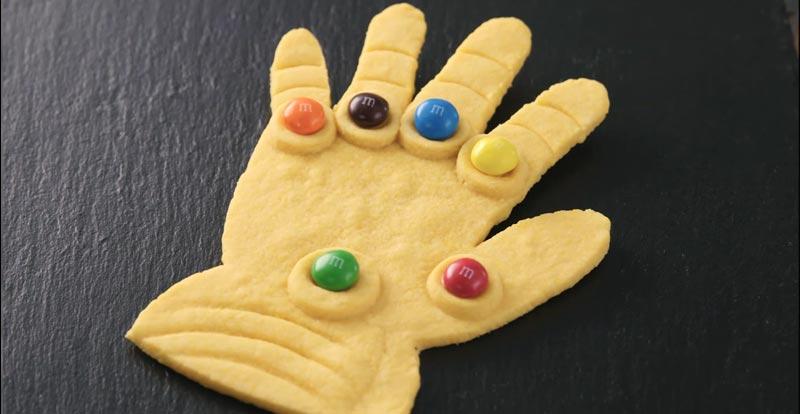 Mmm… Infinity Gauntlet cookies!