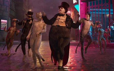 Cats entertainment! Take a look at the Cats people