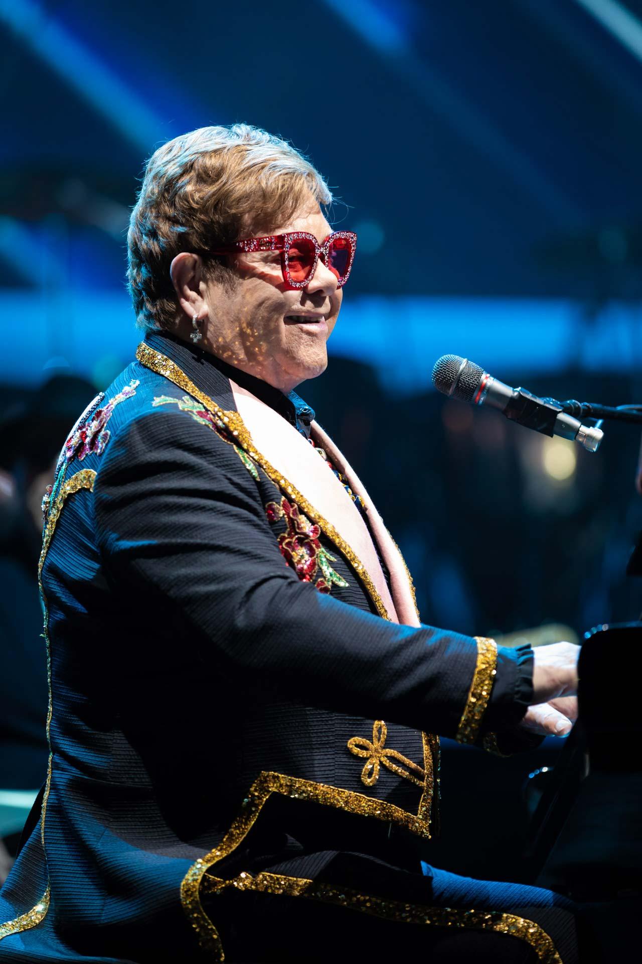 Elton John Kuollut