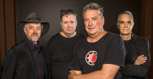 Sunnyboys, 'Sunnyboys 40' review