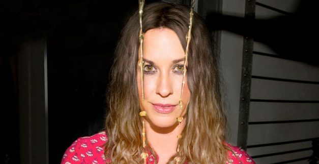 Alanis Morissette announces ninth album