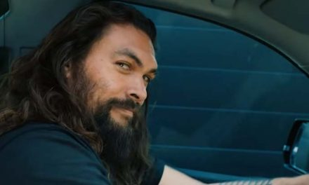The skinny on Jason Momoa at home