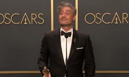 Watch Taika hit the Oscars press room