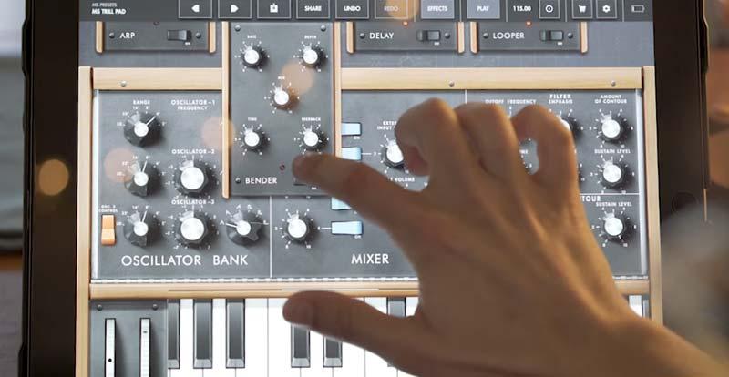 Make cool squidgy Moog noises for nix!