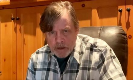 Mark Hamill's shout-out to Star Wars legends