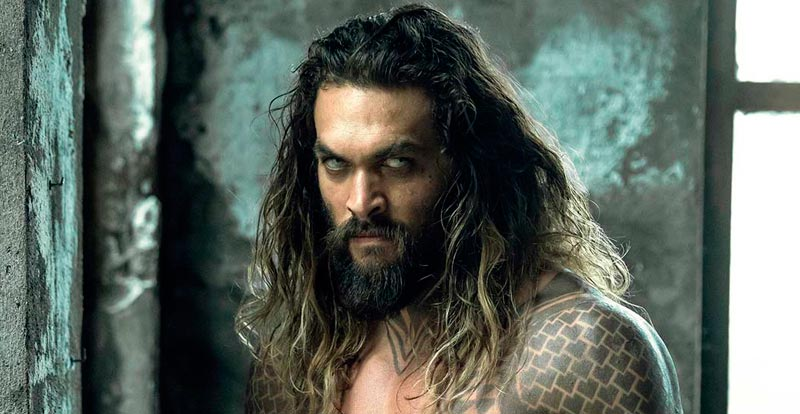 What? Aquaman's a vampire?!
