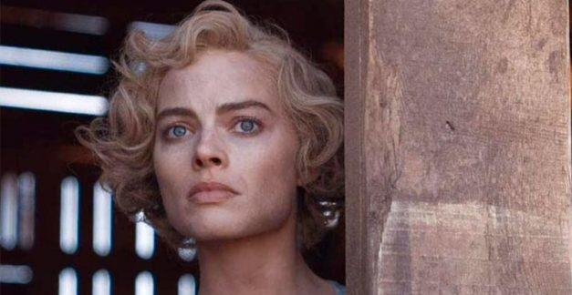 Margot Robbie is a thief and murderer!