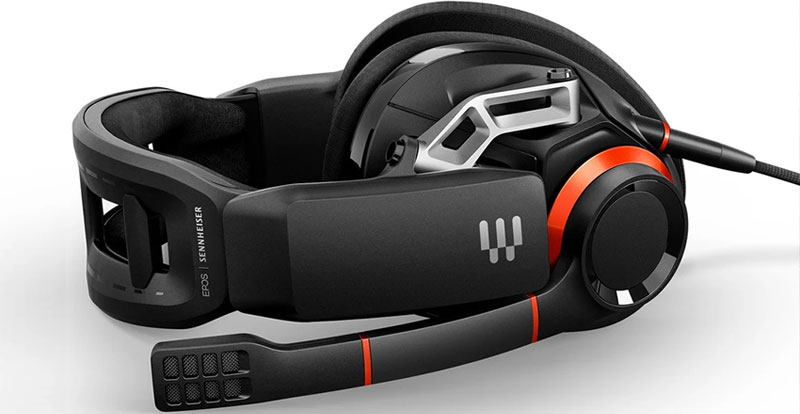 Playing with the EPOS|Sennheiser GSP 500 gaming headset