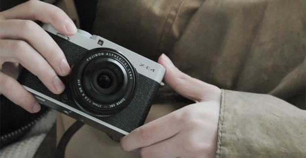 Cool tech for Mum: Itchin' on a photograph