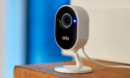 Arlo's latest camera doubles the security