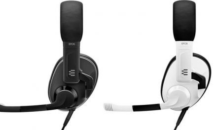 Playing with the Epos H3 wired gaming headset