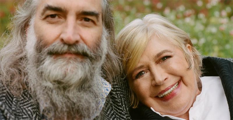 Marianne Faithfull with Warren Ellis, 'She Walks in Beauty' review