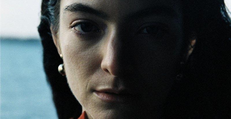 Lorde's Stoned at the Nail Salon! - STACK | JB Hi-Fi