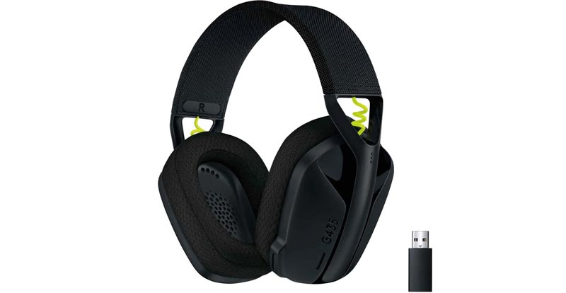 Playing with the Logitech G435 Lightspeed wireless gaming headset
